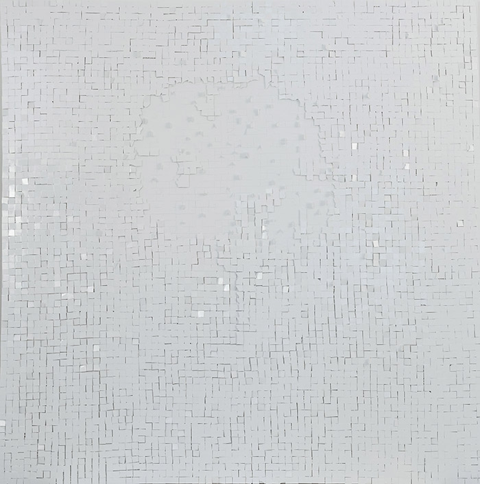 Safâa Erruas, Restos, 2015. Shattered glass slides on canvas, 150 x 150 cm. Courtesy the artist and L'atelier 21, Casablanca